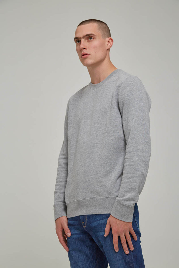 FRAME French Terry Long Sleeve Crew in Gris