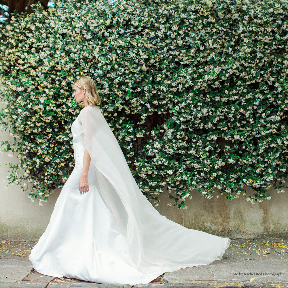 READ OUR BRIDAL E-MAGAZINE 'THE LOVELIEST'