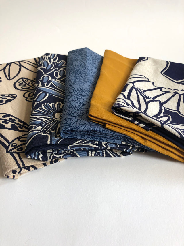 Mixed fabric bundle - Large pieces Option 1