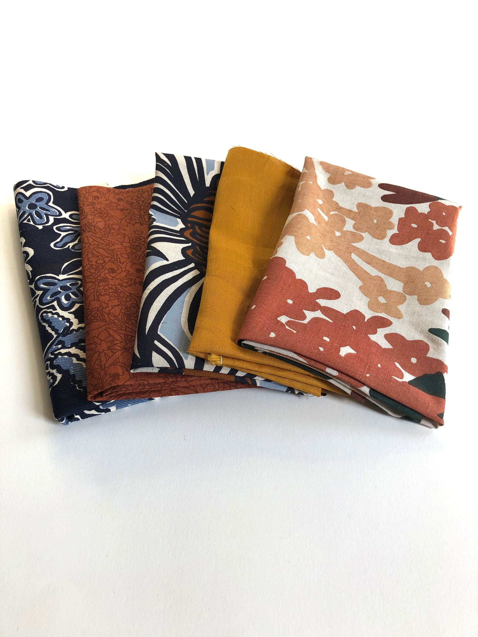Mixed fabric bundle - Small pieces option 2