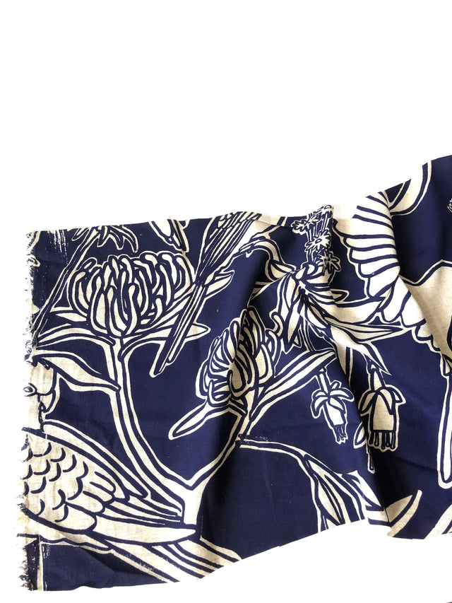 Fabric length - Fauna print in dark blue, 70% linen, 30% rayon