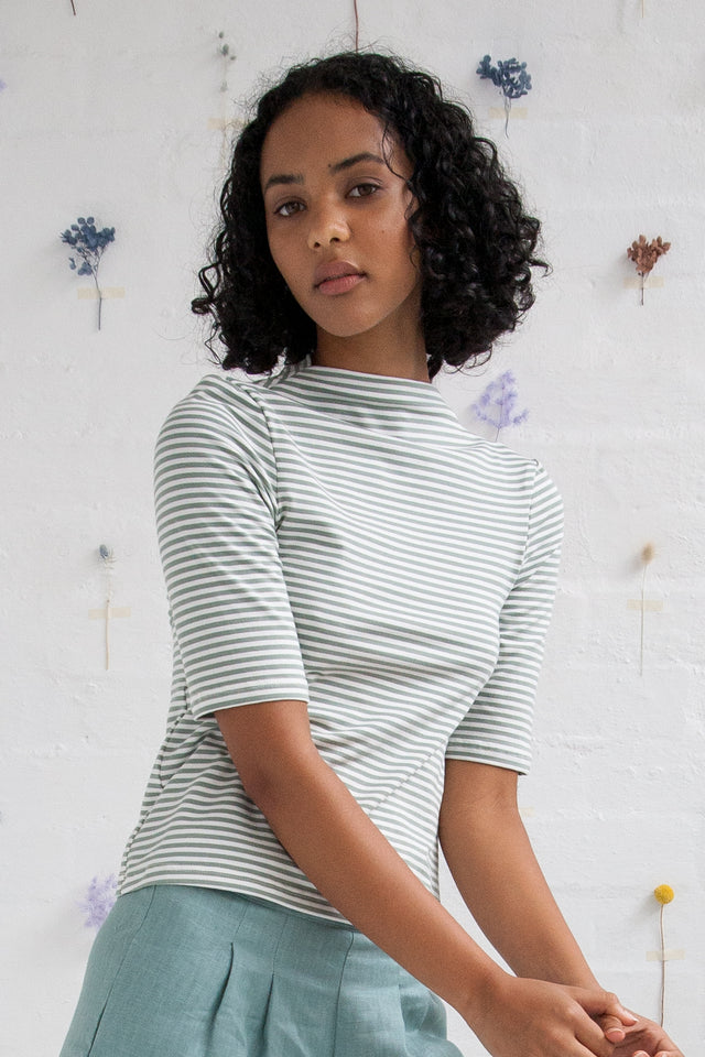 Stripe funnel neck tee