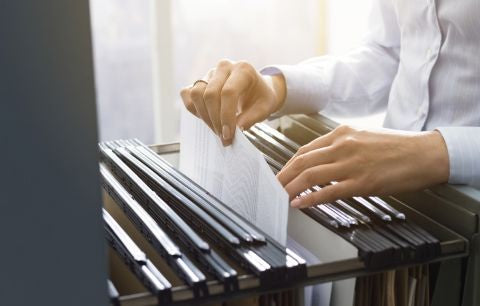 How to Keep up With an Office Filing Method