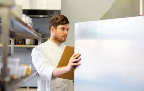 The Benefits of Food Service Labels for Commercial Fridges