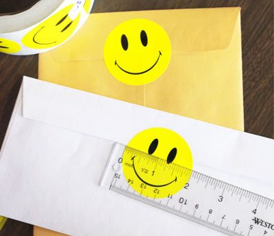 "2"" Yellow Smiley Face Labels"
