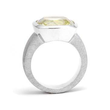 Ladies Large Lemon Quartz Ring