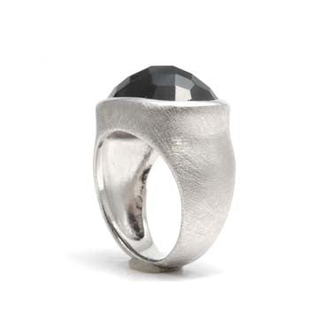 Ladies Checkerboard Cut Onyx Ring