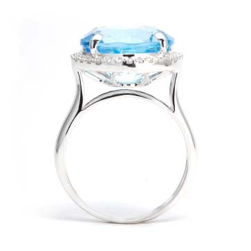 Ladies Blue Topaz Ring
