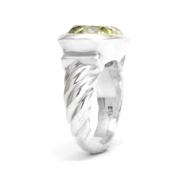 Ladies Twisted Green Quartz Ring