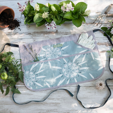 BURSTING FLOWERS - Garden Apron