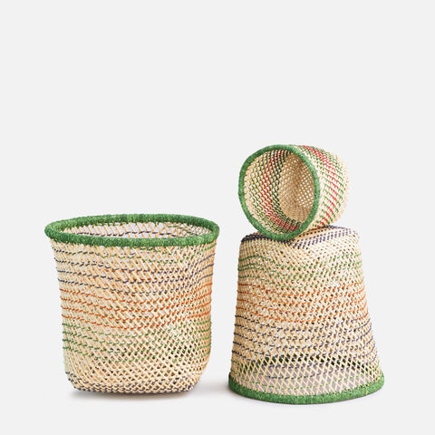 Set of 3 woven basket (front view)