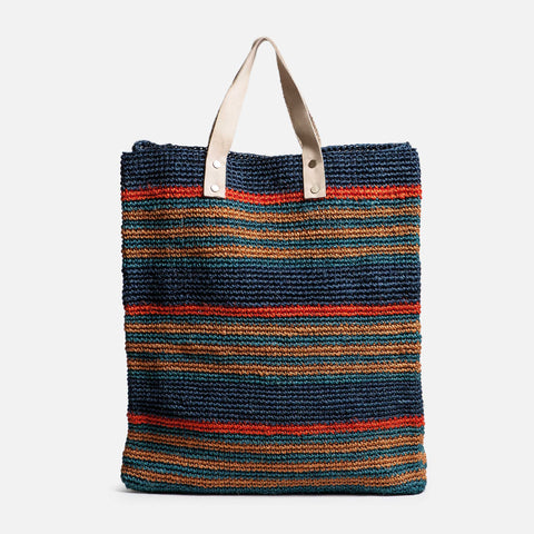 Solid and Sustainable handwoven market bag with leather handles (front view)