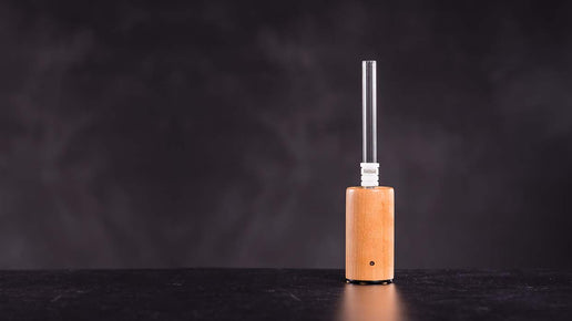 EpicVape E-Nano Review Lifestyle Shot
