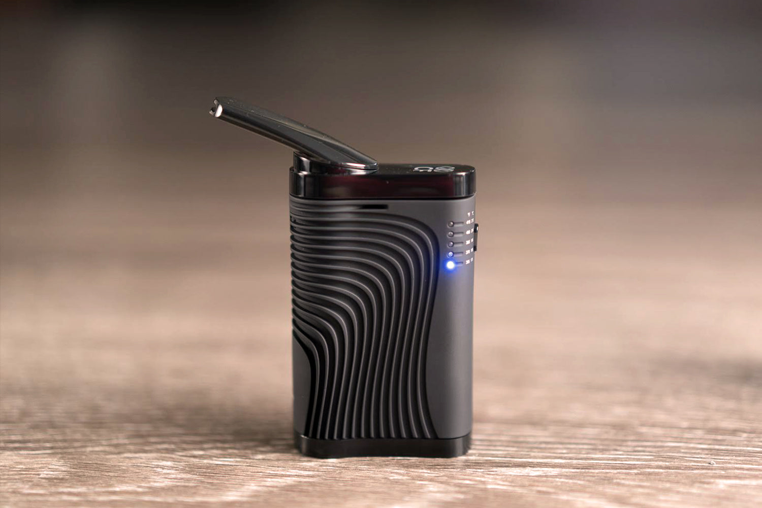 Boundless CF Vaporizer In Front Lights On Planet of the Vapes