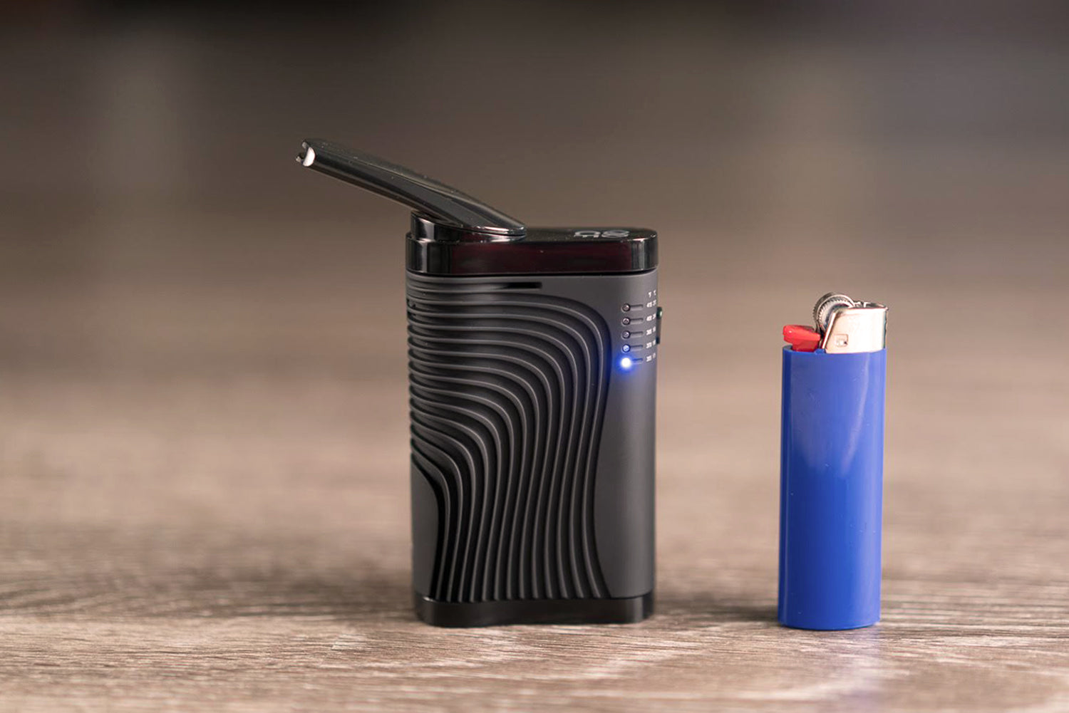 Boundless CF Vaporizer In Front Lights Compared To Lighter On Planet of the Vapes