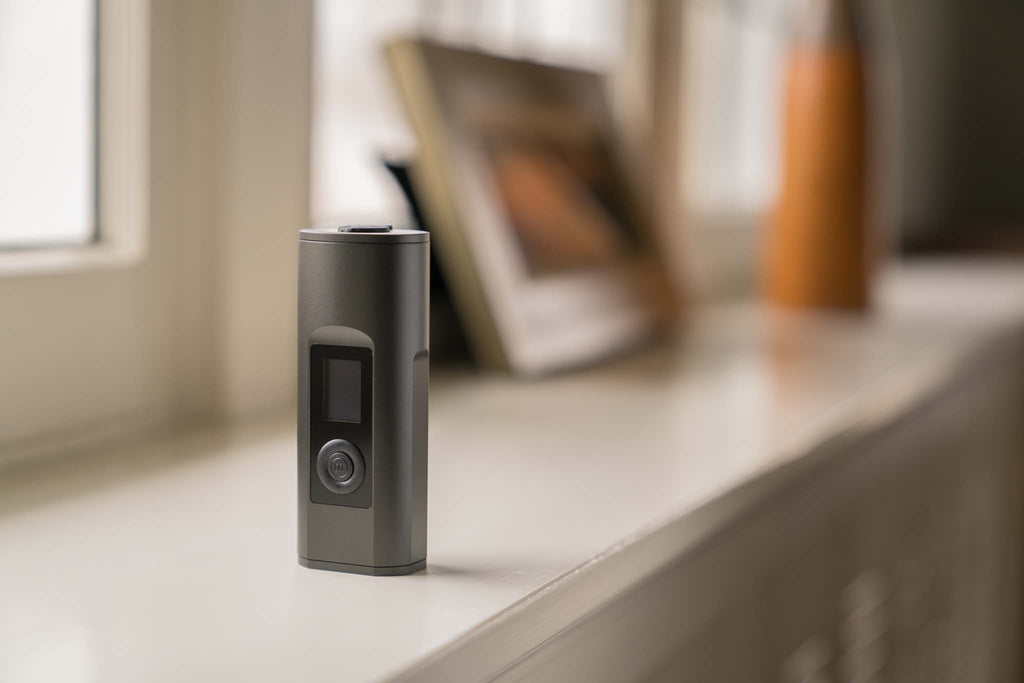 Arizer Solo II Vaporizer - Planet of the Vapes