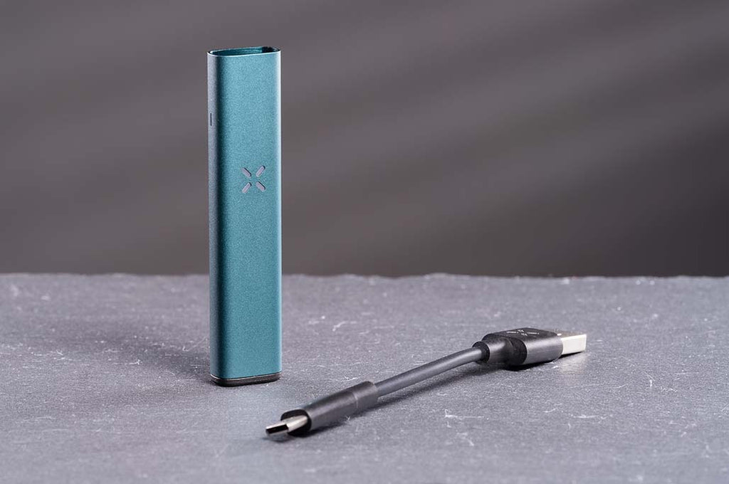 PAX Era Pro Review Standing Up Lifestyle