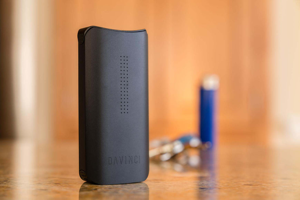 DaVinici IQ Vaporizer - Planet of the Vapes