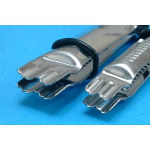 CLOSED SCALLOP SERRATED CRIMPER 5 3/4IN Set of 2