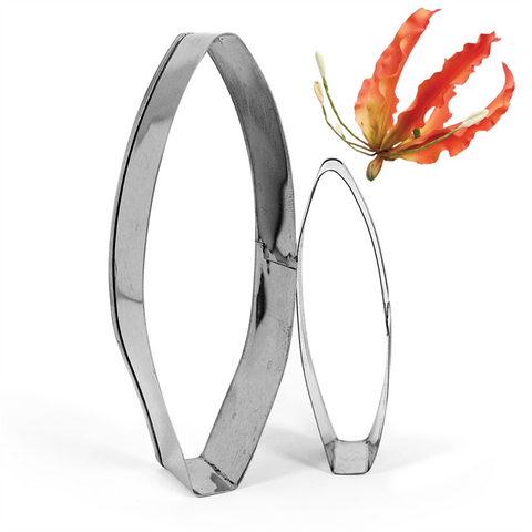 Gloriosa Lily Cutter Set by James Rosselle