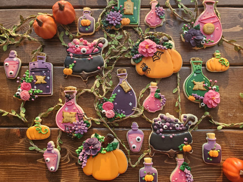 Hallowe'en Cookie Class - EAT, DRINK, and BE SCARY... Two-parter!