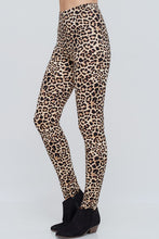 Load image into Gallery viewer, In the Fast Lane Cheetah Leggings