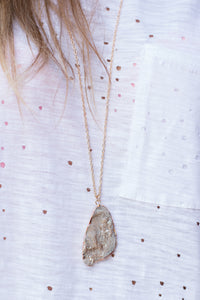 Subtle Side Necklace