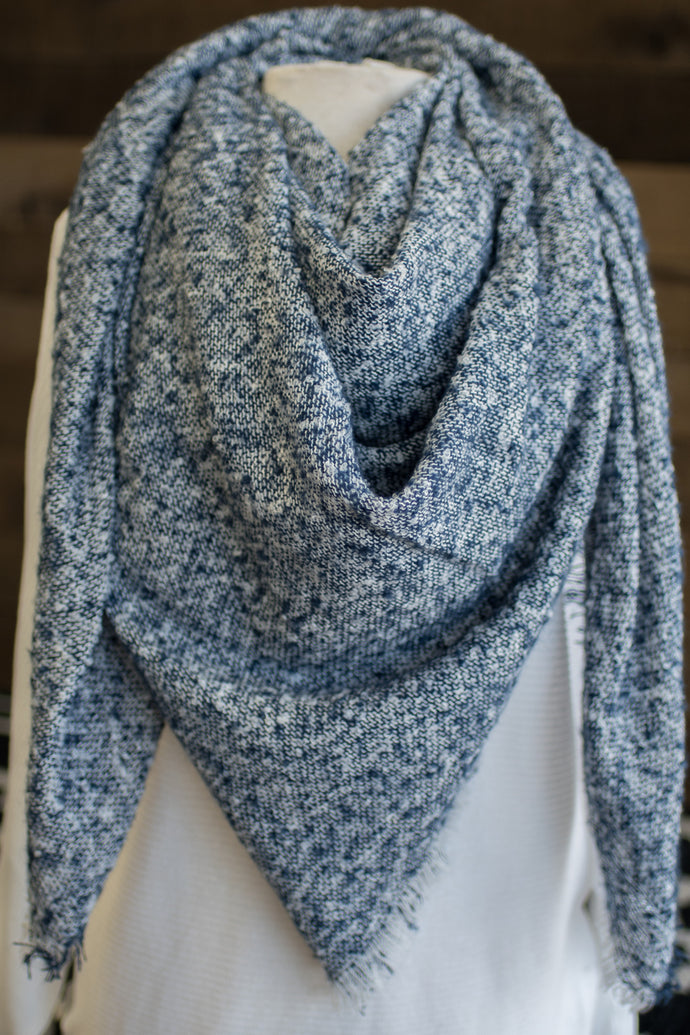 Oh So Chic Blanket Scarf (Navy)