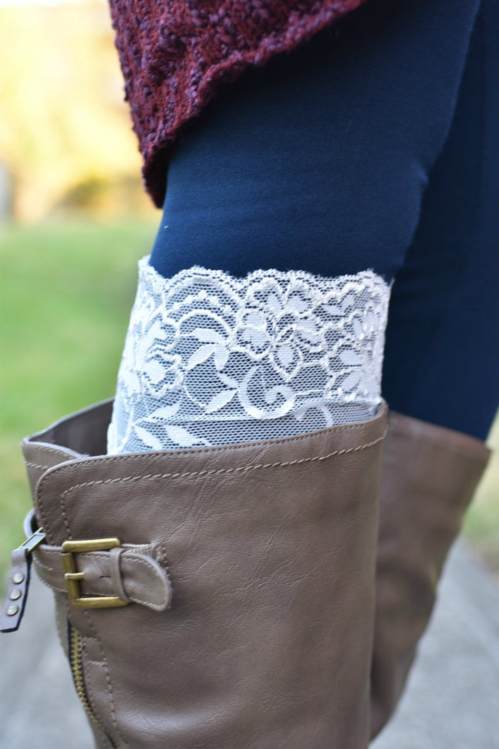 Touch of Lace Boot Toppers (White)