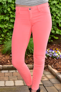 Show Your True Colors Cropped Skinnies (Coral)