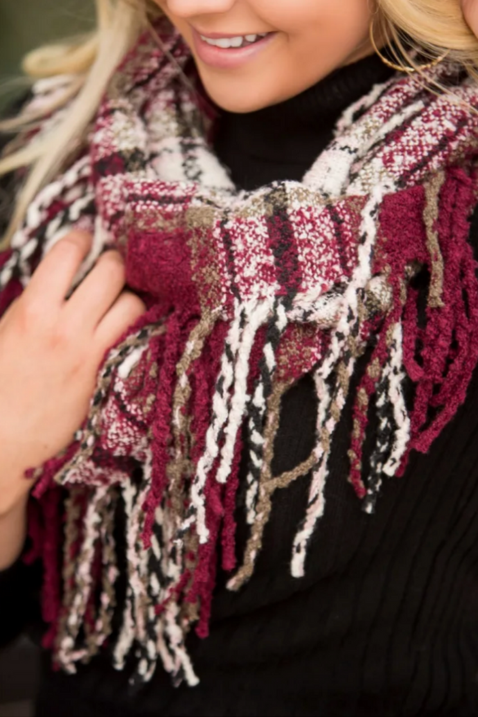 Soft and Cozy Fringed Infinity Scarf (Burgundy)