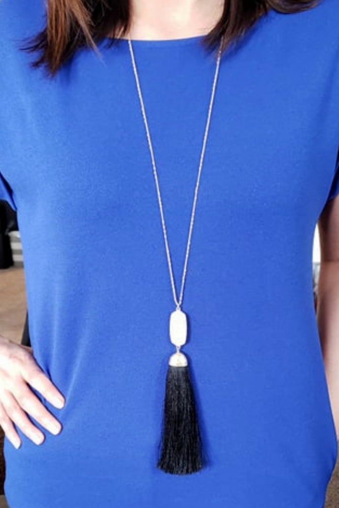 Not Worth the Tassel Necklace (Black)