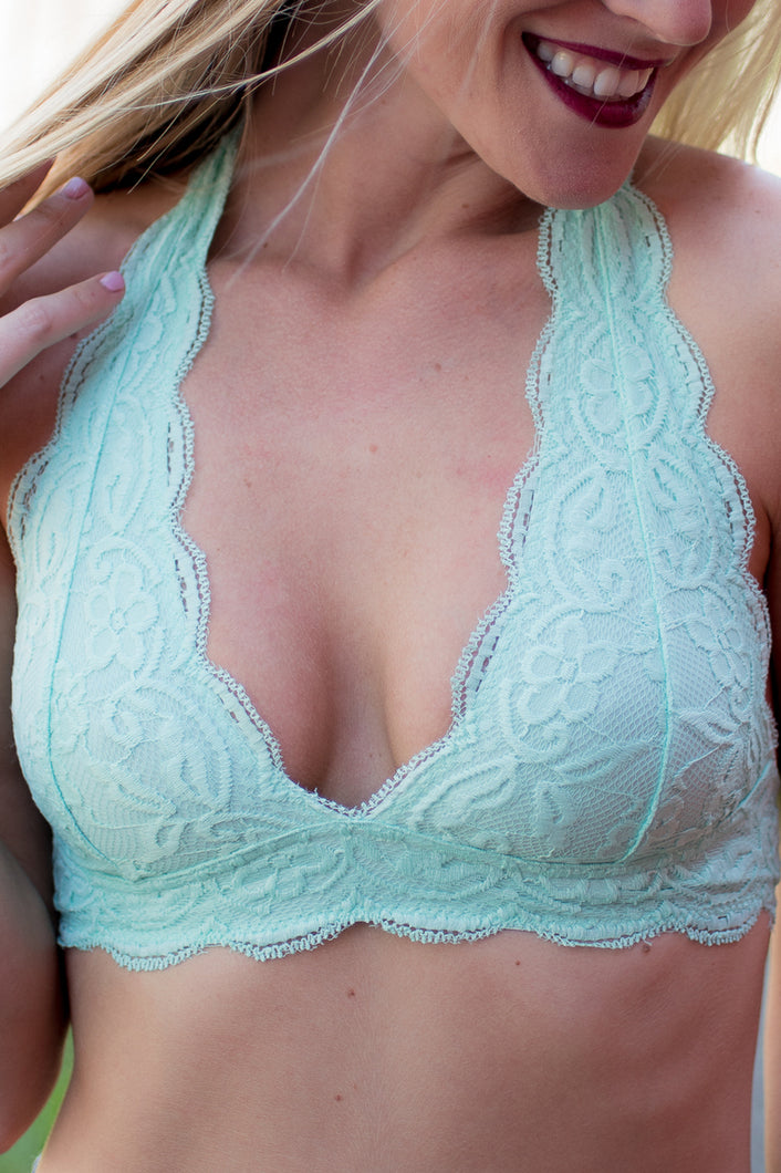 Lovely In Lace Halter Bralette (Mint)