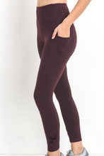 Load image into Gallery viewer, Bow & Arrow Workout Pants (Burgundy)