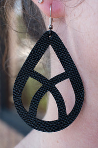 Whispering Willow Leather Earrings (Black)