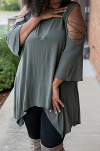 Feel the Wind Top (Olive)