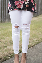 Load image into Gallery viewer, Get the Skinny Denim (White)