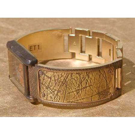 Eduardo Milieris Cloister Watch: Brass Texture Design on Wide Band