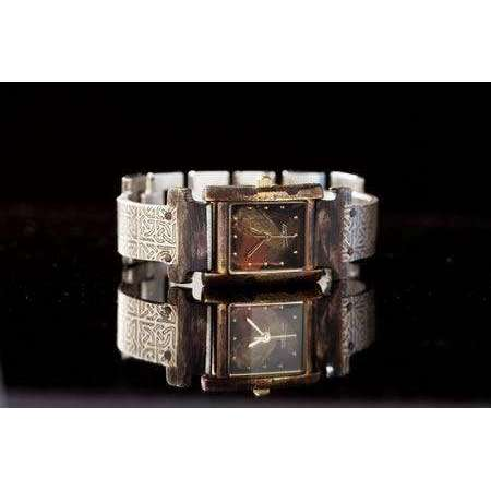 Eduardo Milieris Florence Watch: Silver Celtic Design on Narrow Band