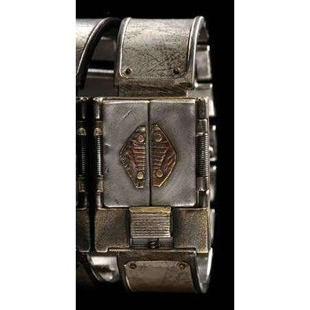 Eduardo Milieris Gates of Time Unique Watch: Silver Texture on Wide Band