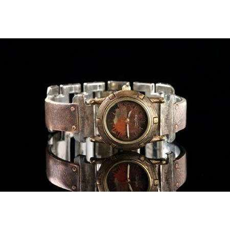 Eduardo Milieris Porthole Watch: Small Copper Textured Design on Narrow Band