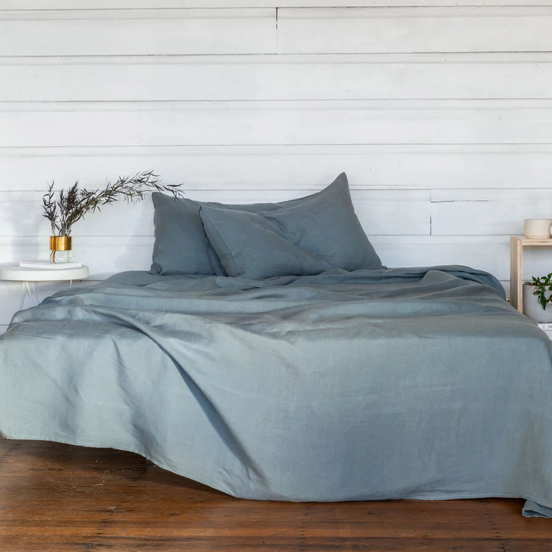 Pure Linen Bed Sheet Set in Glacier Green