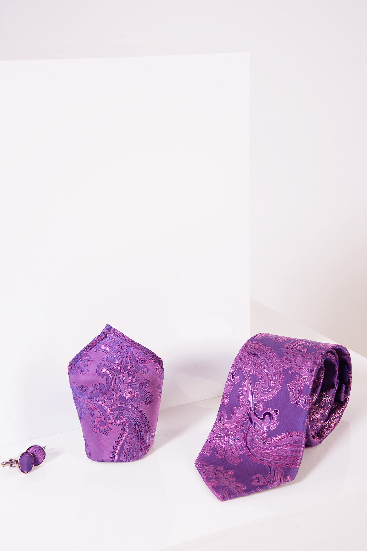 PAISLEY - Purple Paisley Tie, Cufflink and Pocket Square Set