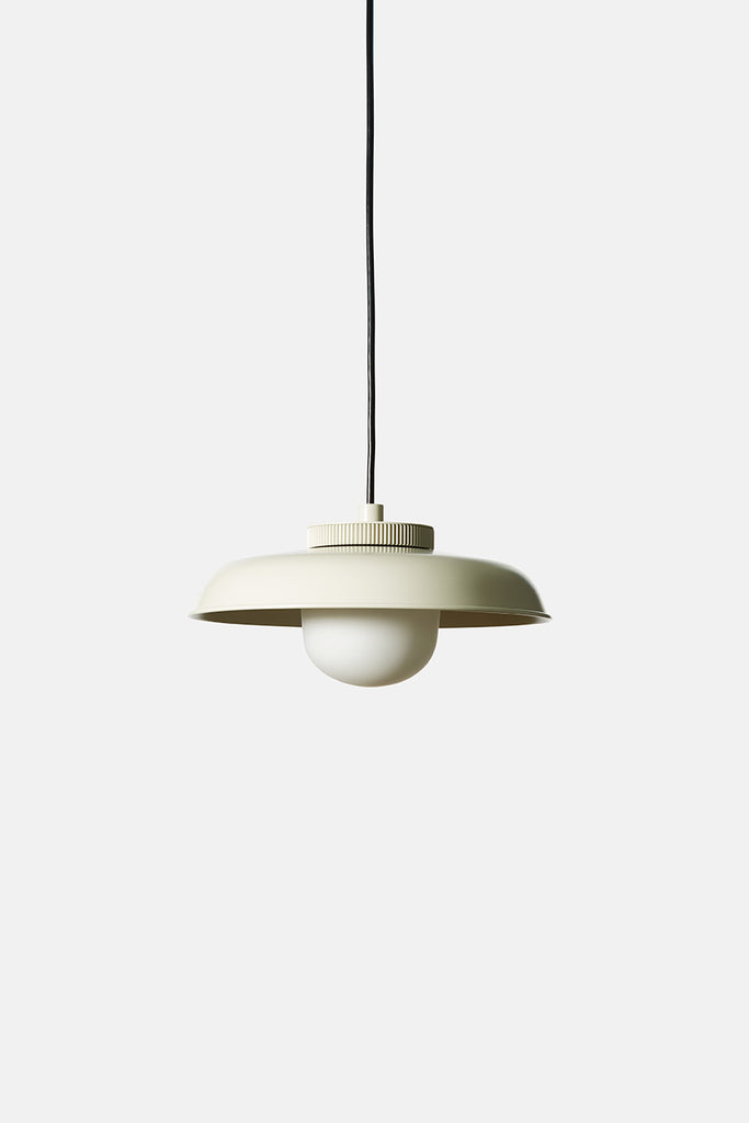 Hoist Pendant Medium - White