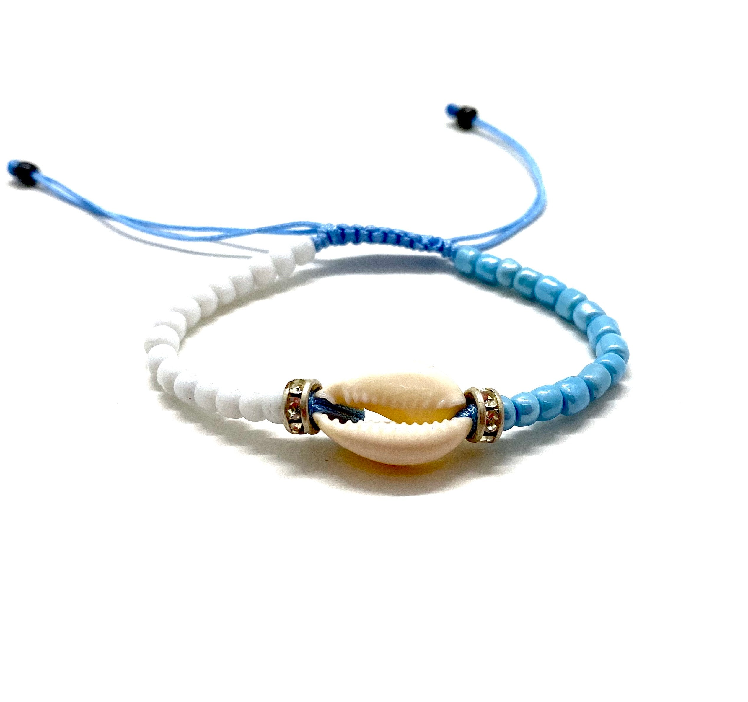 Natural shell bracelet with half white beads half blue beads