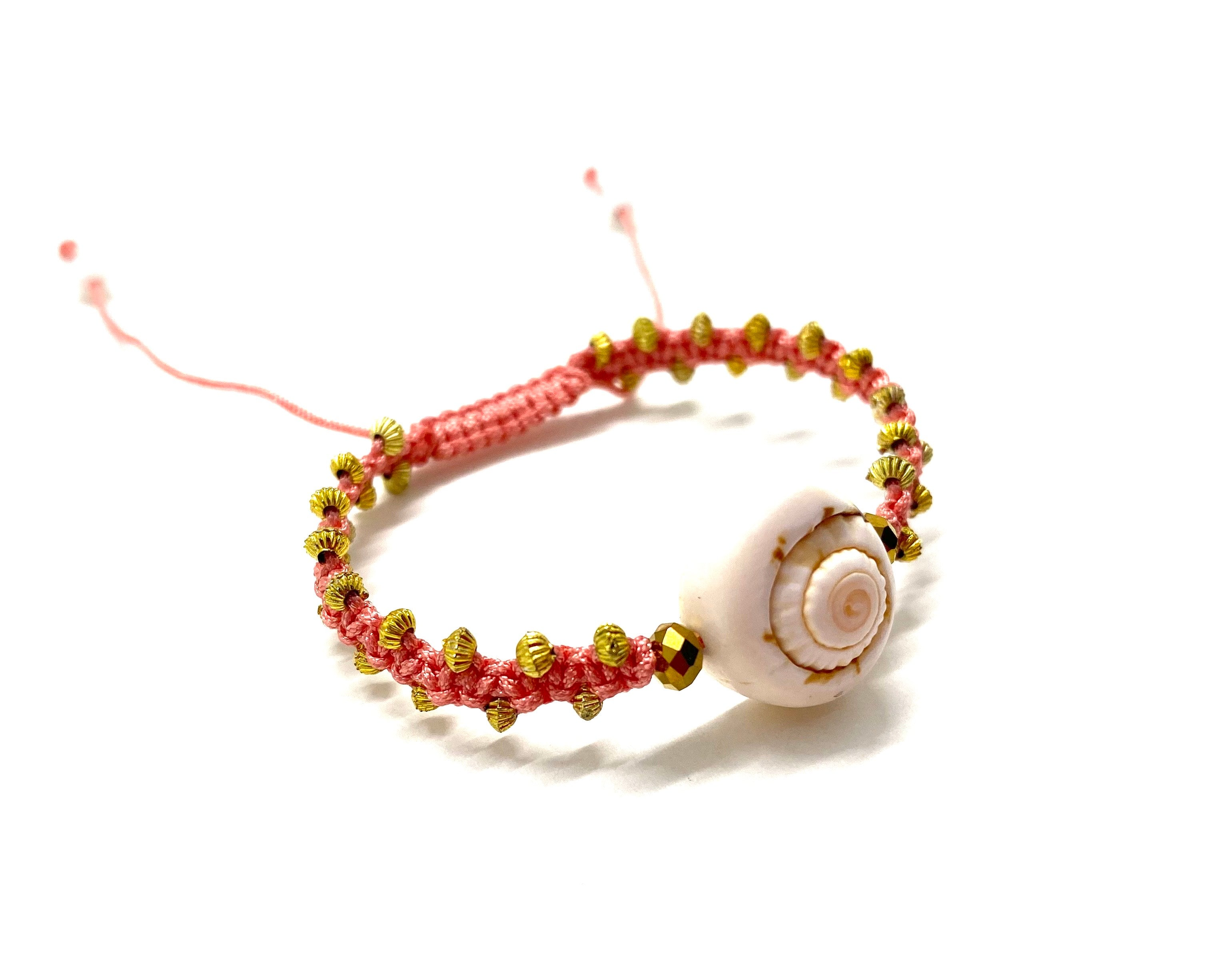Seashell bracelet gold Swarovski bead, gold toupee and salmon braided cord