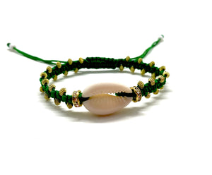 Natural shell bracelet, green cord and toupee gold resin beads