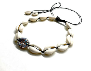 Natural shell necklace with central shell studded with Swarovski crystals