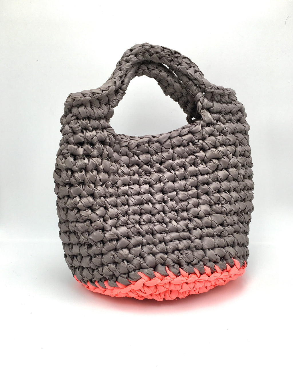 CROCHET.me bag, grey body, orange fluorescent base.