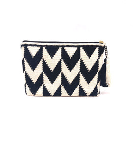 Clutch, beautiful V black and white pattern, with tassel.